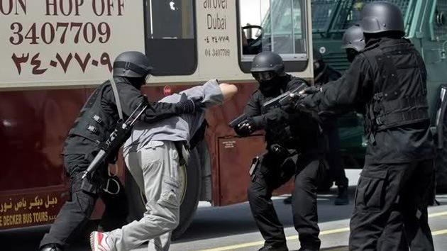 """HRW: """"respuesta draconiana"""" la detención de disidentes en Abu Dhabi"""