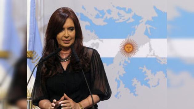 Argentina: Cristina Fernández aboga la escandalosa publicidad sobre Malvinas