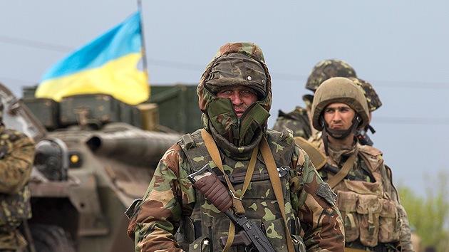 Ministro de Defensa ruso: En Ucrania se busca desencadenar una 'revolución de color'