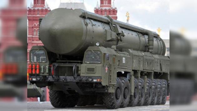 EE. UU. tiene un 30% más de misiles y ojivas nucleares que Rusia