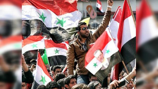 La UE reconoce al Consejo Nacional de Siria como representante legítimo de los sirios