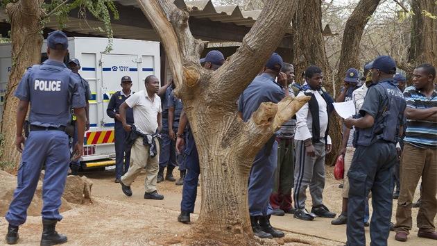 Nuevo estallido de violencia policial en Sudáfrica en una mina