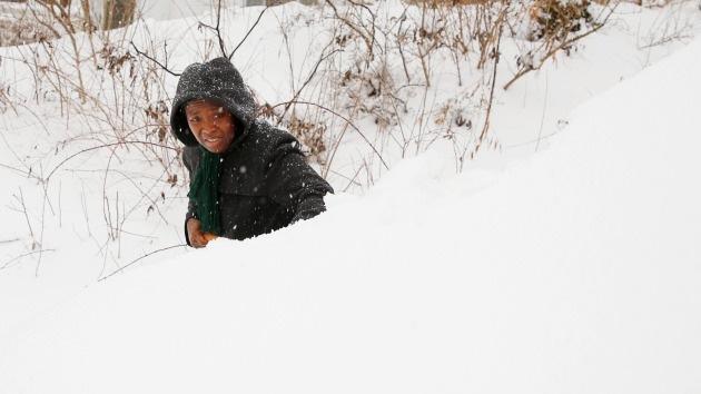 Fotos: Las nevadas más fuertes desde los años 70 congelan EE.UU. y se cobran vidas