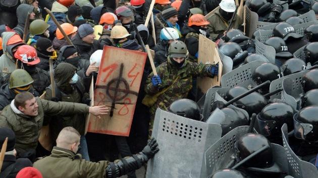"""""""La oposición ucraniana usa la fuerza porque no tiene el suficiente apoyo popular"""""""