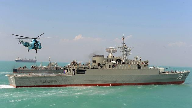 El primer destructor de Irán, Jamaran, en aguas del Golfo Pérsico