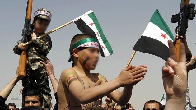 Los islamistas sirios crean un campo de entrenamiento para niños suicidas