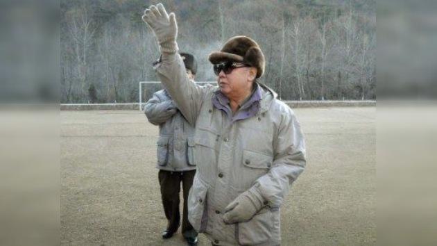 El líder de Corea del Norte, Kim Jong-il muere a los 69 años