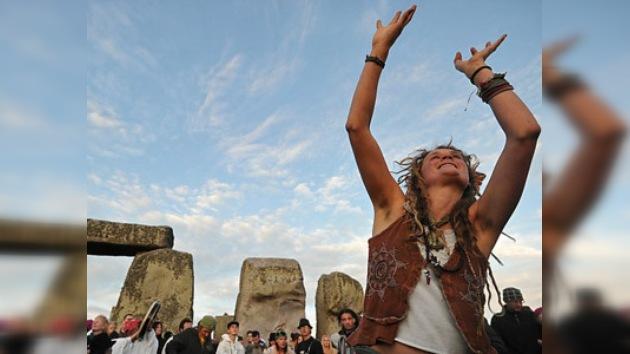 La noche más corta del año en Stonehenge