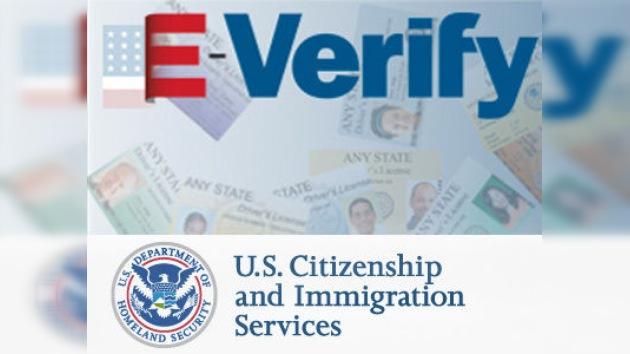 Los latinos en EE. UU., contra la extensión del E-Verify a nivel nacional