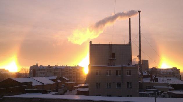 Fotos: Tres soles brillan sobre algunas ciudades rusas