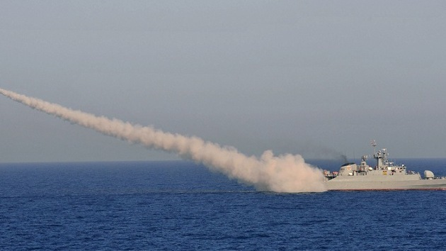 Irán fortalece su línea de defensa con una nueva base naval en golfo de Omán
