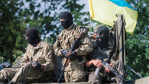 Militares ucranianos matan a 30 soldados que se entregaron a las autodefensas