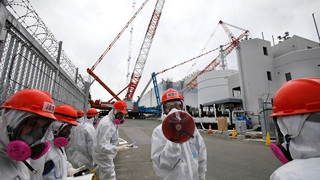 Accidente en Fukushima: Se derrumba un almacén de agua radioactiva en construcción