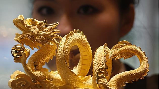 """Сonfrontación de oro: """"China quiere superar a Estados Unidos en reservas"""""""