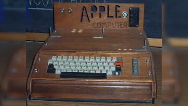 Subastan la primera computadora de Apple