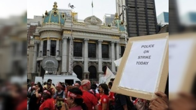 Río de Janeiro se queda sin policías a una semana del carnaval