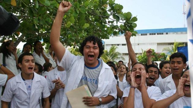 """Cuba denuncia el """"robo de cerebros"""" por parte de EE.UU."""