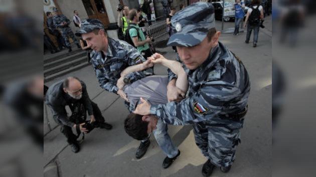 Moscú: más de cien detenidos en acciones no autorizadas contra la investidura de Putin