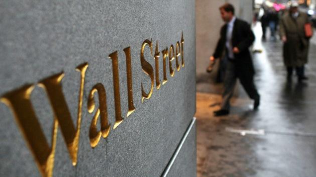 Economistas afines reciben pagos de los especuladores de Wall Street