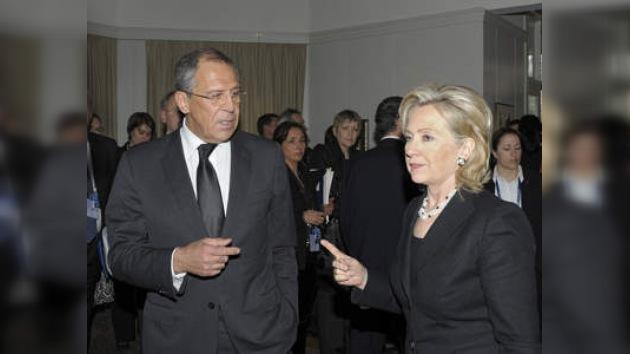 """Lavrov inicia con reunión del """"quinteto ártico"""" su visita a Canadá"""