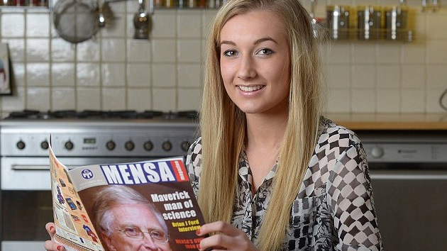Una joven británica resultó ser más inteligente que Albert Einstein