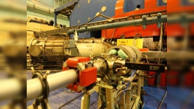 Sintetizan el 117º elemento químico en Rusia