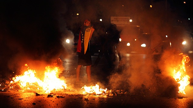 El mundo reacciona: Varios países abogan por la calma en Venezuela