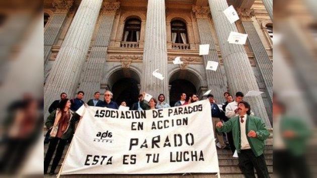 La recesión echa raíces en España