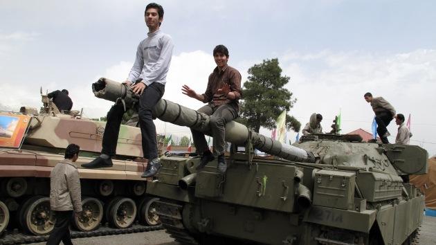 Irán saca a relucir sus nuevos tanques de fabricación nacional