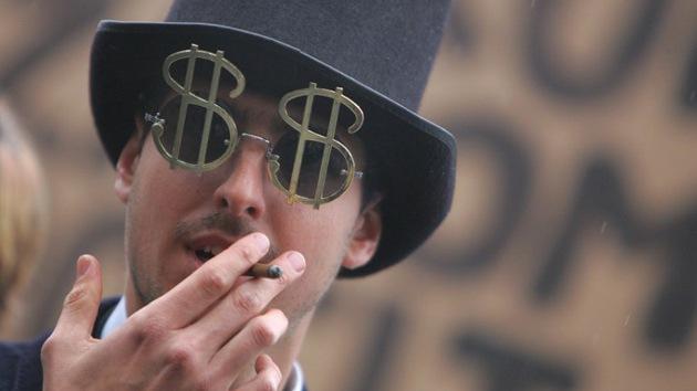 """""""¿Varón blanco y rico? Bajo las reglas del capitalismo, es usted impune ante la ley"""""""