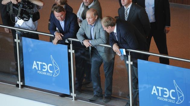 Ministros de APEC preparan la cumbre de Vladivostok con una declaración conjunta
