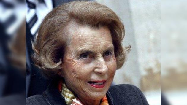 La hija de la heredera de L'Oréal manejará su fortuna por decisión judicial