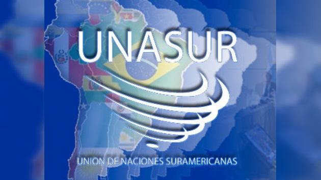 Los ministros de Defensa de Unasur se reúnen en Lima para crear una zona de paz