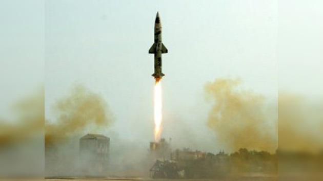 India prueba con éxito un misil interceptor