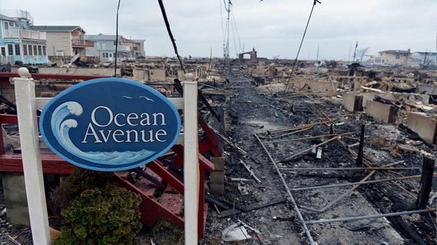 Sandy deja daños en EE.UU. que rondan los 90.000 millones de dólares