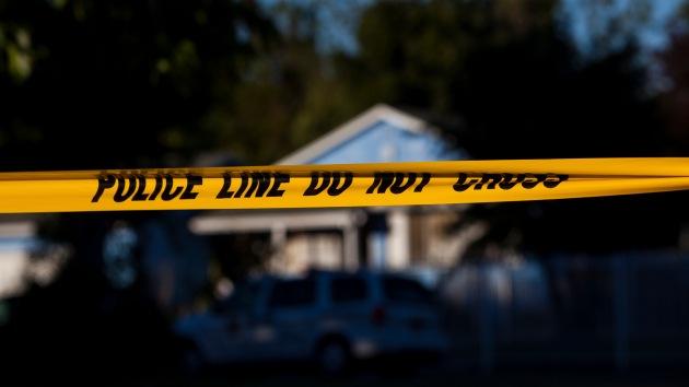 Fallece un alcalde californiano tiroteado por su esposa