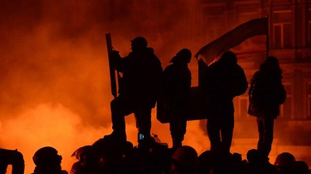 """""""Manifestantes de Kiev usan tácticas que remiten al escenario yugoslavo"""""""