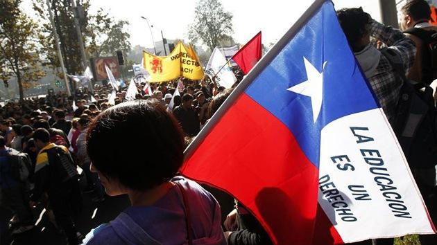 La mecha de la rebelión estudiantil vuelve a prender en Chile