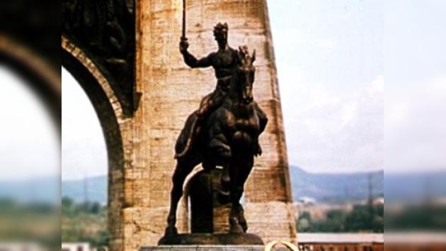 El monumento de la Gloria de Kutaísi se reconstruirá en Moscú este año