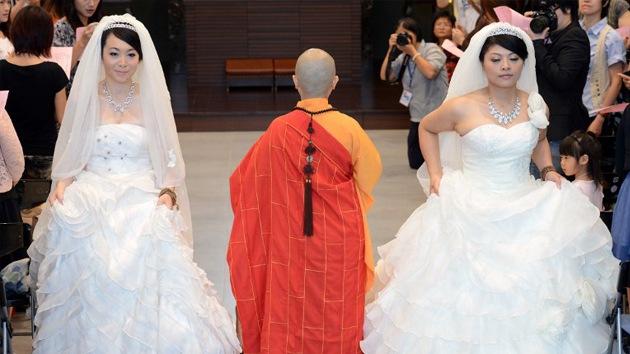 Dos mujeres, primer matrimonio homosexual en Taiwán