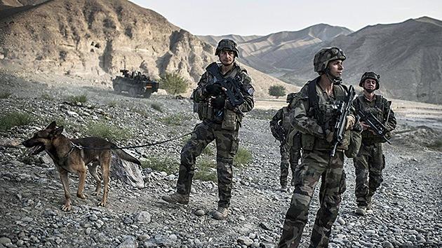 """Talibán: La OTAN """"está huyendo de Afganistán"""" con """"humillación y desgracia"""""""