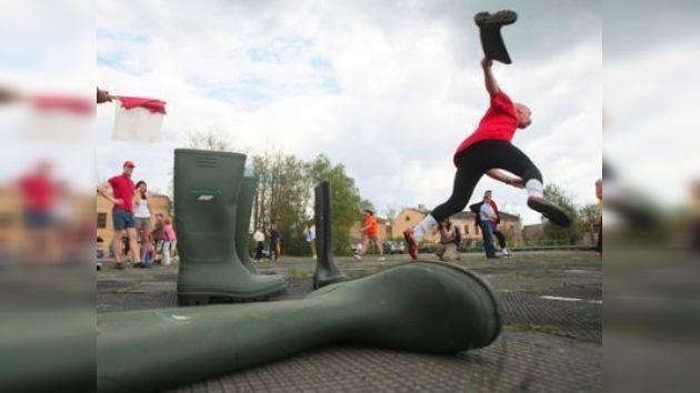 La Copa Mundial de Lanzamiento de Bota se celebra en Rusia
