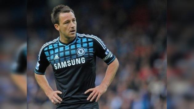 """El técnico del Chelsea defiende a Terry: """"no hizo comentario racista alguno"""""""