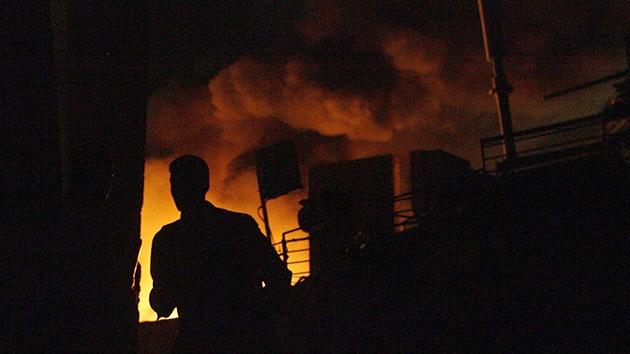 Fotos, Video: Una fuerte explosión en una fábrica argentina deja al menos 60 heridos