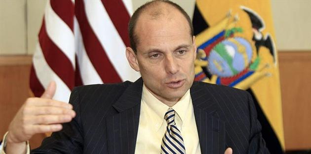 EE.UU. amenaza a Ecuador con sanciones por su amistad con Irán