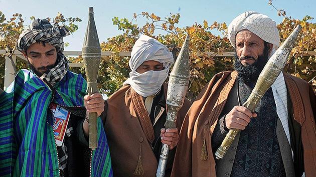 EE.UU. y Afganistán negociarán con los talibanes dentro de unos días