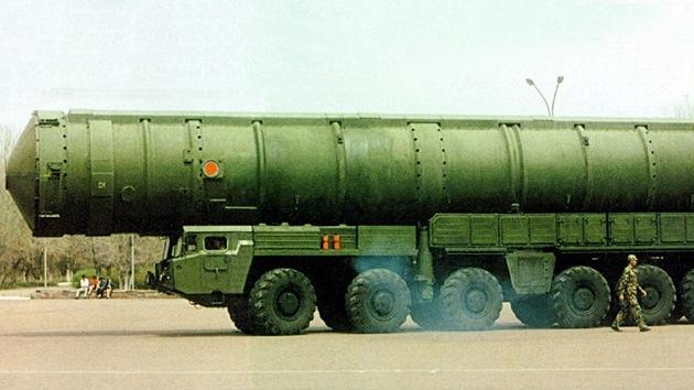China desarrolla un nuevo misil balístico de alcance intermedio
