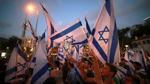 """Video de israelíes en Tel Aviv: """"¡Mañana no hay escuela, ya no quedan niños en Gaza!"""""""