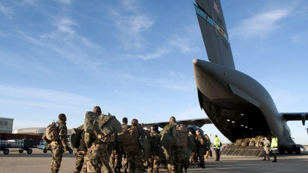EE.UU. intensifica su participación en Mali apoyando a las fuerzas francesas