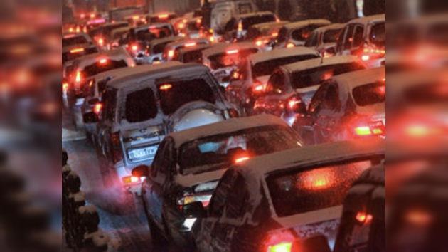 Atascos de tráfico son provechosos para muchos moscovitas